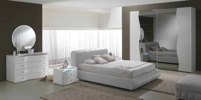 Spar for Camere da letto stile moderno contemporaneo