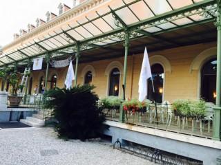 Casinò di Arco con le bandiere delle Due Sicilie